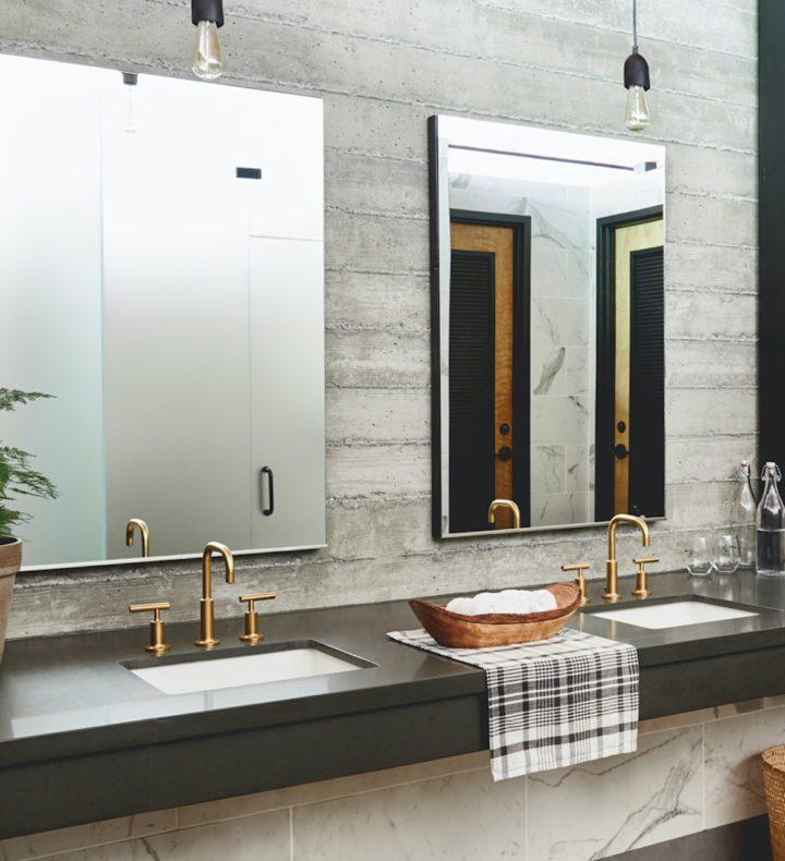 Bathroom-at-Russian-River