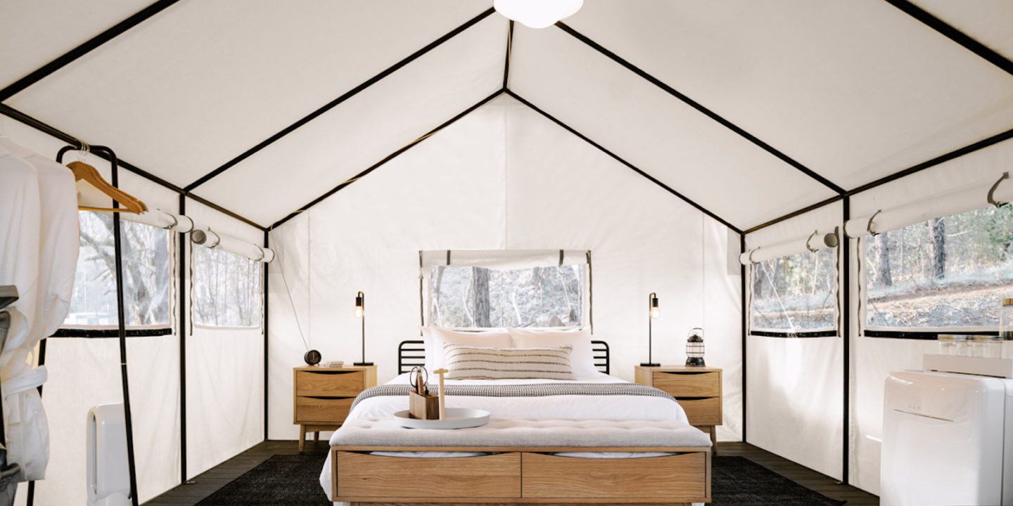 Luxury-tent-with-king-bed