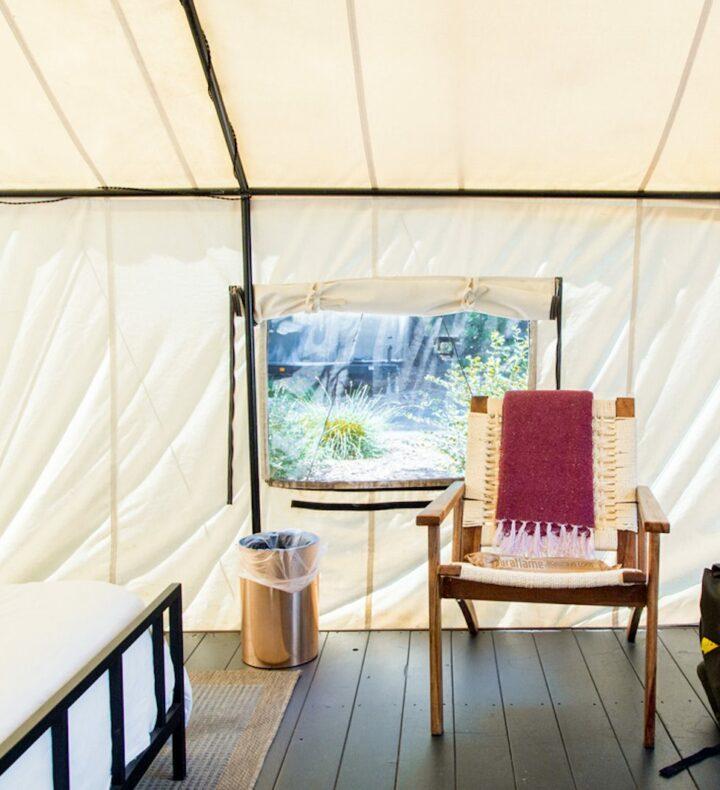 Seat-in-luxury-tent